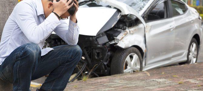 ¿Cuáles son los daños materiales en un accidente de tráfico?