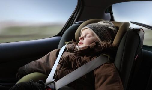 Nueva ley sobre menores en automóviles