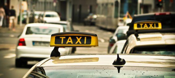 ¿Puedo reclamar un accidente en un taxi?
