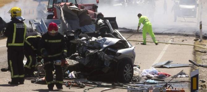 Tres muertos en accidente de tráfico en Canet lo Roig