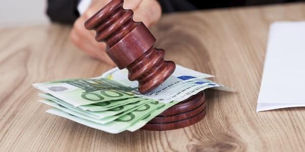 Una factura de gastos médicos no es admitida en un juicio